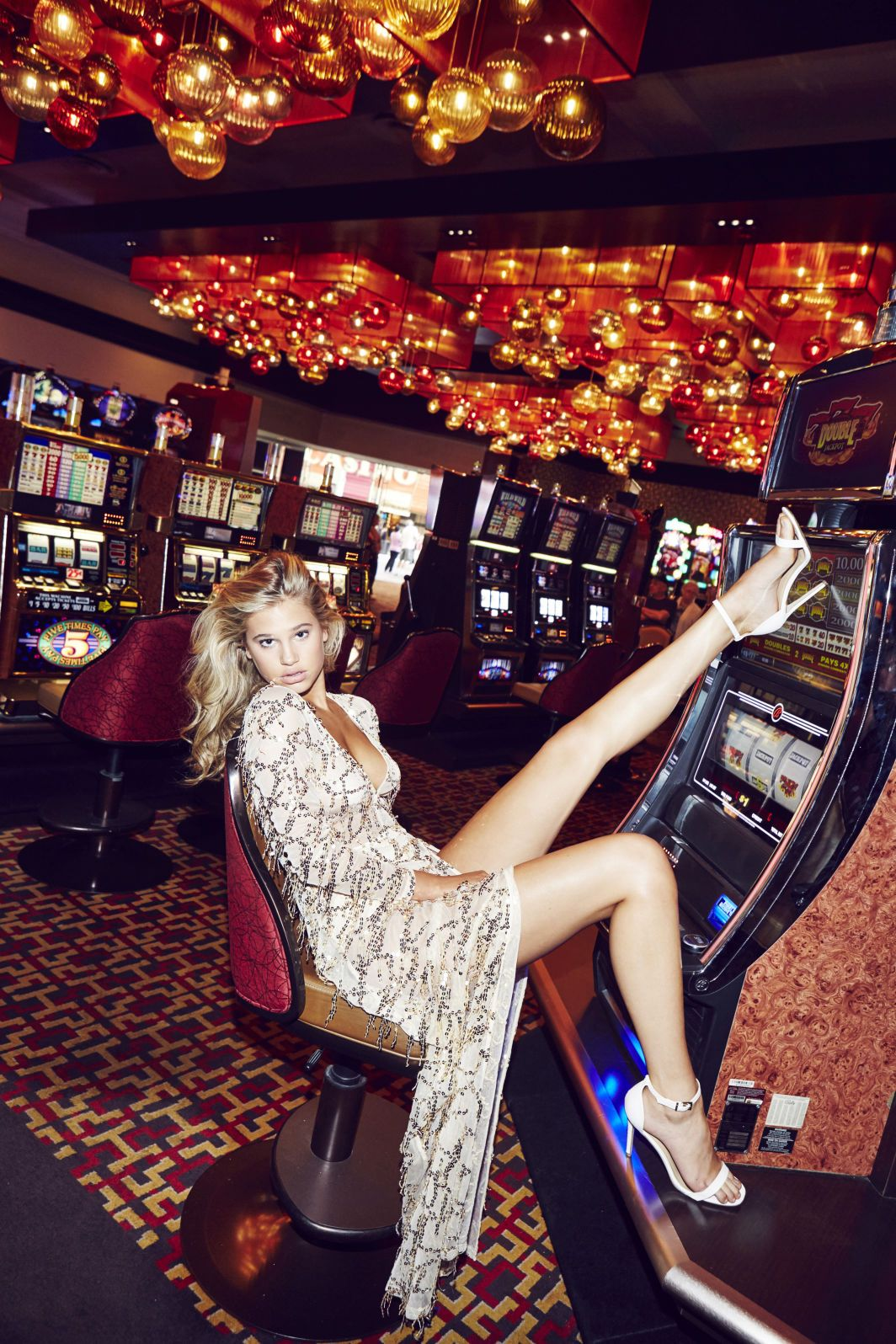 Casino Girl Outfit -668577
